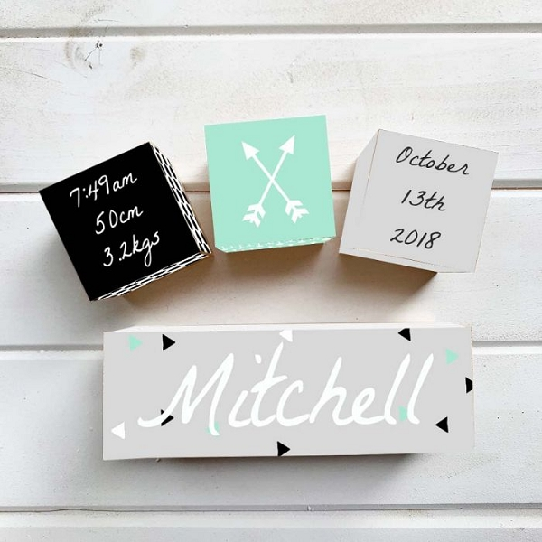 Arrow Wooden Birth Block Set