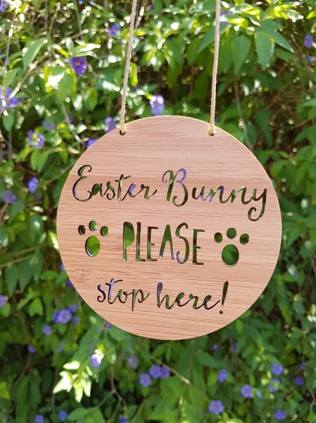 Easter Bunny Please Stop Here Sign (bamboo)